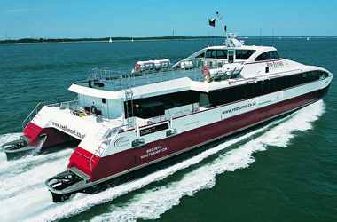 Red Funnel High Speed Red Jet Southampton - Cowes